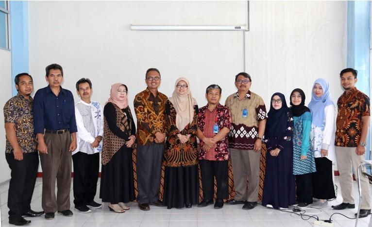 Focus Group Discusion (FGD) Perpustakaan UPI Bumi Siliwangi Bersama Direktur Kampus Daerah